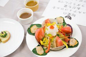 旬菜のミュルティコロルをあだち菜サラダうどんで!!