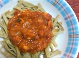 白身魚のトマトソースパスタ